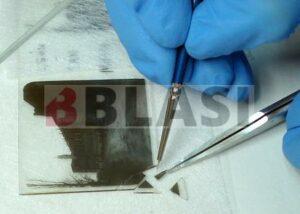 Restauració d'una placa estereoscòpica de vidre