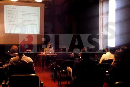 Parte teórica del curso de restauración en el Archivo Nacional de Asunción, en Paraguay